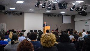 Kerkdient in Evangelie gemeente De Deur Breda